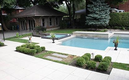 Paysagiste terrassement euro am nagement piscine fontaine cascade et bassin d 39 eau - Amenagement exterieur piscine creusee ...