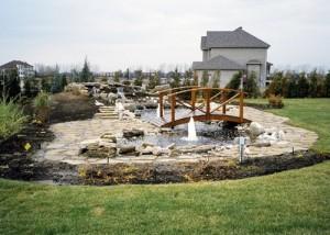 fontaine-terrassement-paysagiste maison