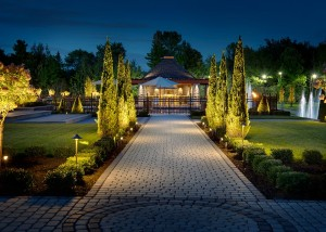 aménagement paysager maison luxueuse
