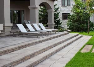 Terrassement-euro-paved yard Landscape