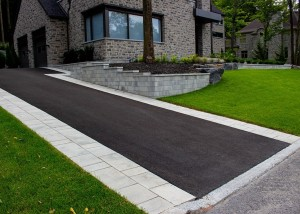 Terrassement-euro-paving stone entry house