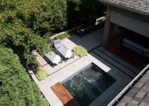 Terrassement-euro-pavers-yard-back-pool-landscape