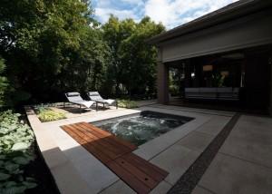 Terrassement-euro-unistone-yard-back-pool-paysagiste