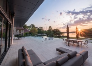 terrassement-euro-unistone-yardback-pool-Landscape