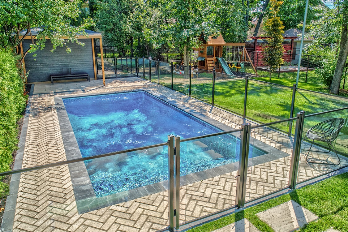 piscine-pave-uni